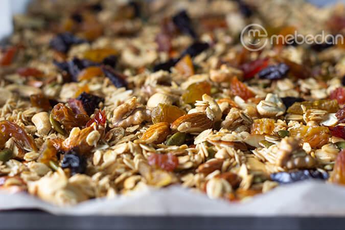 Làm ngũ cốc granola Mẹ Bé Đan