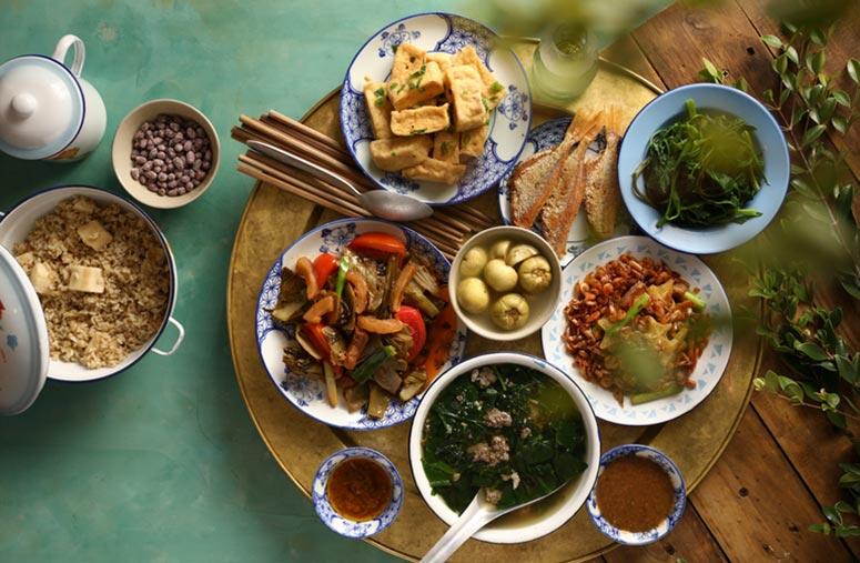 Mâm cơm truyền thống Việt Nam